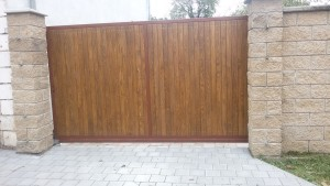 Brána pojezdová 4m.